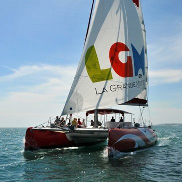 Balade en catamaran avec déjeuner à La Grande-Motte