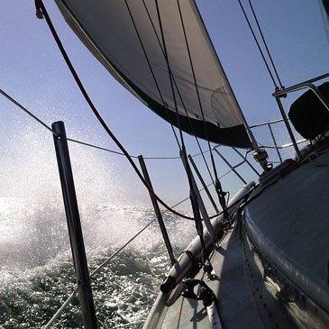 Sortie sportive en voilier à La Rochelle