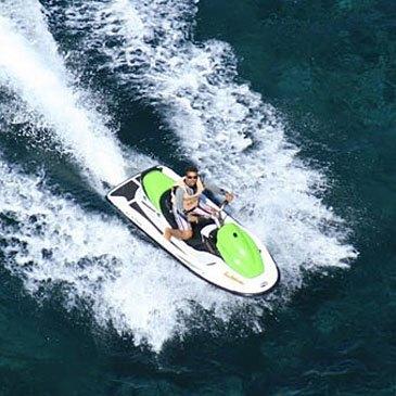 Randonnée en jet ski à Cargèse
