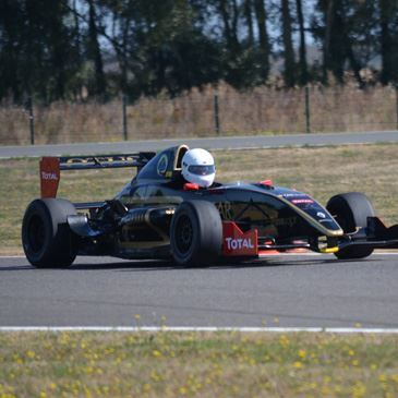 Week-end pilotage Formule 1 Circuit Magny-Cours Club