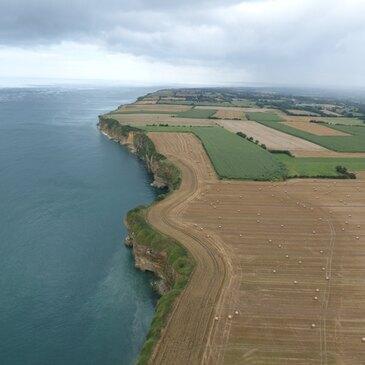 Baptême en Hélicoptère - Survol des Plages du Débarquement en région Basse-Normandie