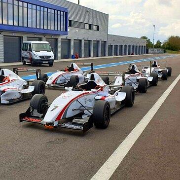 Stage Formule Renault - Circuit de Magny Cours GP