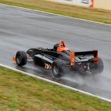 Stage de pilotage Formule 3 en région Poitou-Charentes