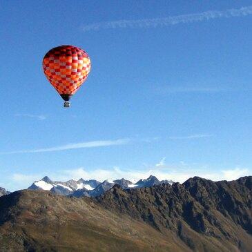 Aéroport de la Vallée d'Aoste, à 1h de Chamonix-Mont-blanc, Haute savoie (74) - Baptême de l'air montgolfière