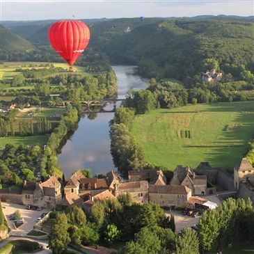 Beynac-et-Cazenac, Dordogne (24) - Baptême de l'air montgolfière