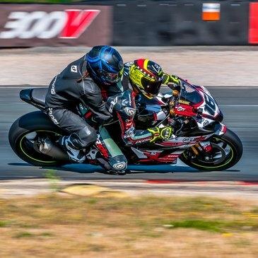 Baptême Moto sur Circuit, département Gers