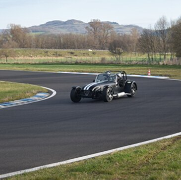 Stage de Pilotage Lotus et Caterham, département Loire Atlantique