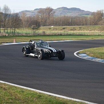 Stage de Pilotage Lotus et Caterham, département Puy de dôme