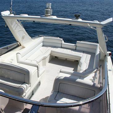 Coucher de Soleil en Yacht Privatisé à Monaco en région Provence-Alpes-Côte d'Azur et Corse
