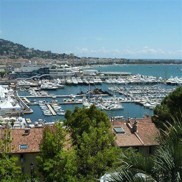 Sortie Privative en Yacht de Prestige à Cannes