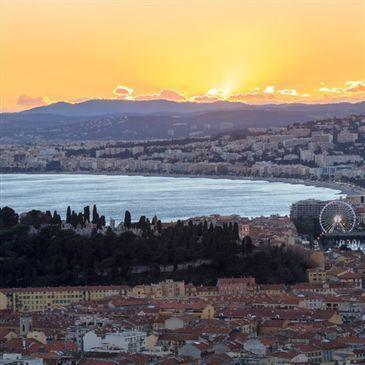 Coucher de Soleil en Yacht de Prestige Privatisé à Nice