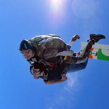 Saut Parachute en Tandem près de Troyes