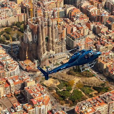 Baptême en Hélicoptère - Survol de Barcelone