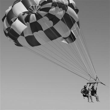 Parachute Ascensionnel, département Gard