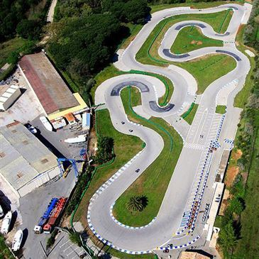 Sessions de Karting à Grimaud en région Provence-Alpes-Côte d'Azur et Corse