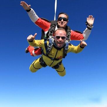 Saut en Parachute Tandem près de Charleville-Mézières