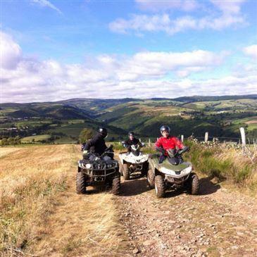 Randonnée en Quad près de Mende en région Languedoc-Roussillon