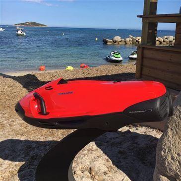 Plage de Favone, à 10 min de Solenzara, Corse du Sud (2A) - Jeux nautiques