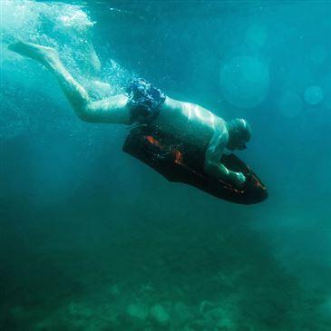 Jeux nautiques proche Plage de Favone, à 10 min de Solenzara