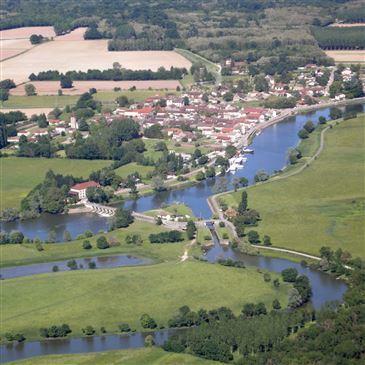 Aérodrome de Tournus - Cuisery, Saône et loire (71) - Baptême en ULM et Autogire