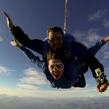 Garzigliana (à 3h de Nice), Alpes Maritimes (06) - Saut en parachute