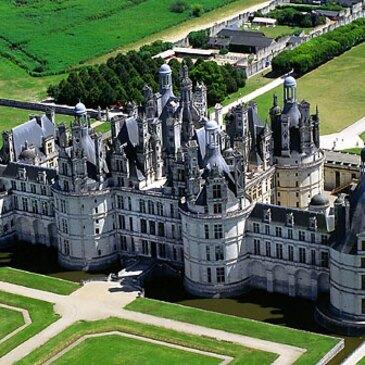 Baptême en Hélicoptère près de Tours - Les Châteaux de la Loire