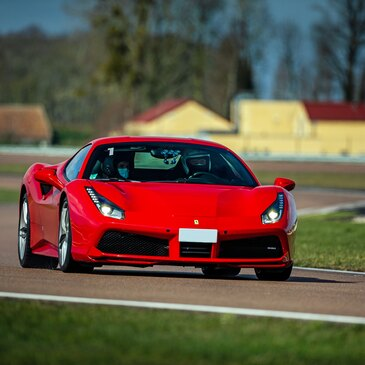 Stage de Pilotage Ferrari 488 GTB - Circuit de la Ferté-Gaucher