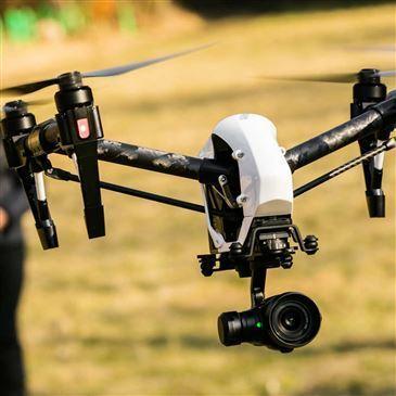 Pilotage de Drone proche Haute-Goulaine, à 20 min de Nantes