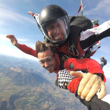 Saut en Parachute Tandem près de Grenoble