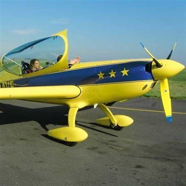 Aérodrome de Persan-Beaumont, Val d'oise (95) - Baptême en avion de voltige