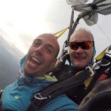 Saut en parachute proche Aérodrome de Cazères-Palaminy, à 50 min. de Toulouse