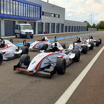 Stage en Formule Renault 2000 - Circuit de Catalunya
