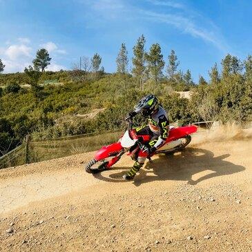 Ventabren, à 30 min d'Aix-en-Provence, Bouches du Rhône (13) - Stage de pilotage moto
