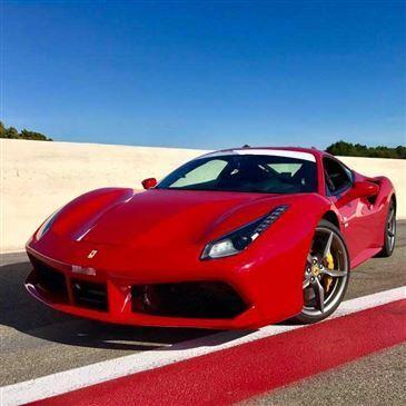 Baptême en Ferrari 488 sur le Circuit du Castellet