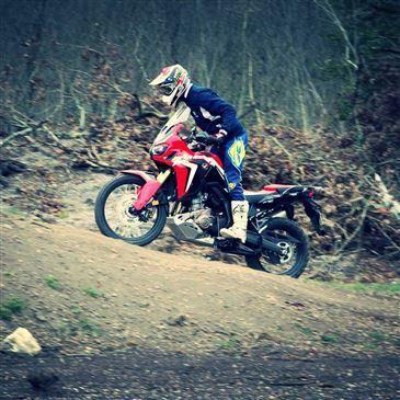 Stage de Pilotage Moto Trail près de Bordeaux