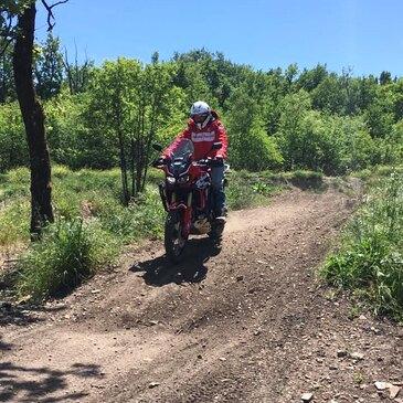 Randonnée en Moto Trail près de Carcassonne