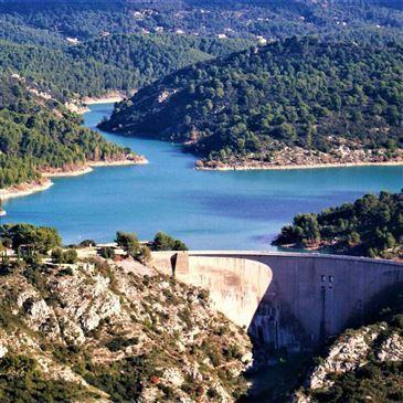 Baptême en Hélicoptère ULM - Survol du Luberon en région Provence-Alpes-Côte d'Azur et Corse