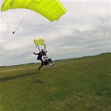 Saut en parachute proche Aérodrome de Montargis-Vimory, à 1h20 de Paris