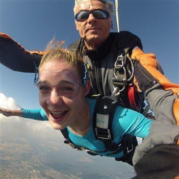 Saut en Parachute Tandem près de Melun en région Ile-de-France