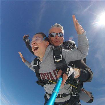 Saut en Parachute Tandem près d'Etampes