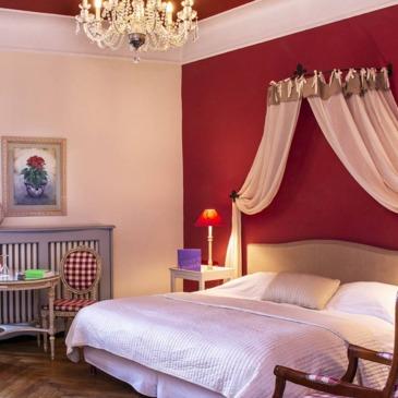 Rochegude, à 25 min d'Orange, Vaucluse (84) - Week end dans un Château