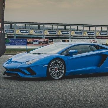 Circuit d'Issoire, Puy de dôme (63) - Stage de pilotage Lamborghini