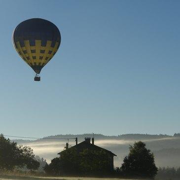 Baptême de l'air montgolfière proche Viverols dans le parc Livradois-Forez