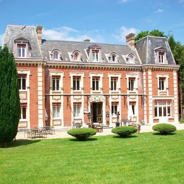Nuit au Château de Corneille près d'Evreux