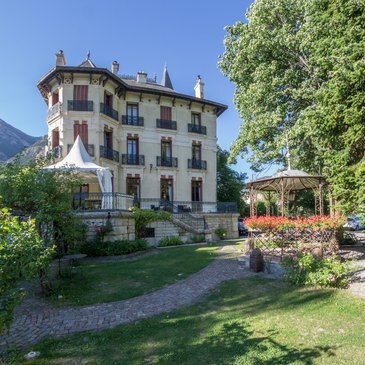 Week end dans un Château proche Jausiers, à 10 min de Barcelonnette