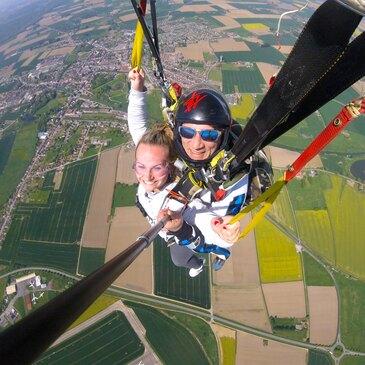 Saut en Parachute Tandem près de Colmar en région Alsace