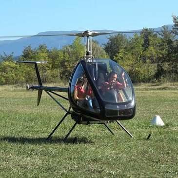 Baptême de l'air hélicoptère proche Lavours, à 40 min d'Aix-les-Bains