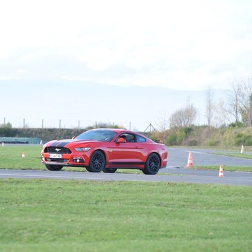 Coaching en Ford Mustang - Circuit Saint-Laurent-de-Mûre