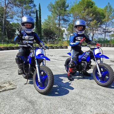 Stage de Pilotage pour Enfant en région Provence-Alpes-Côte d'Azur et Corse