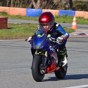 Stage de Pilotage Moto pour Enfant à Fréjus